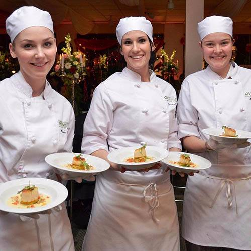 3 culinary students