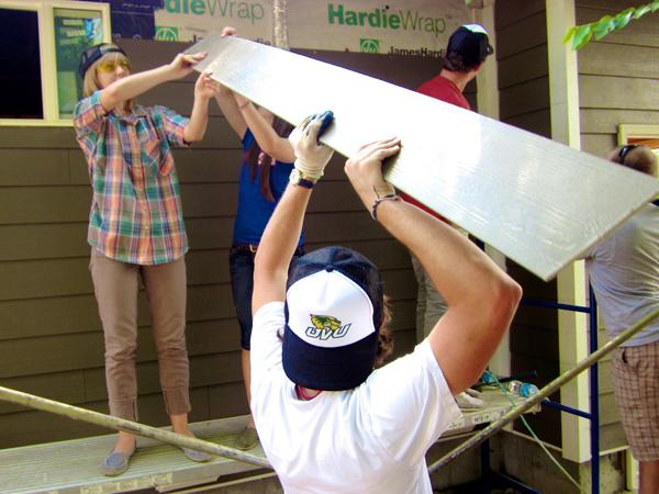 Cutting wallboard